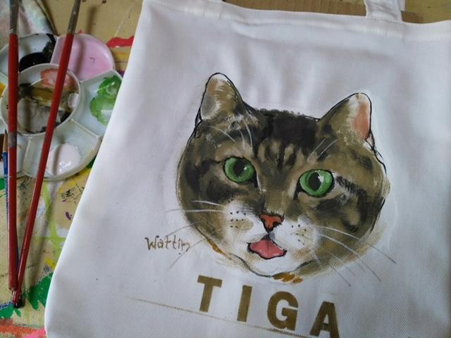猫バッグ 縦長トートバッグサイズ 作家Wattin